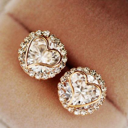 Zircon Peach Heart Stud Earrings AE..