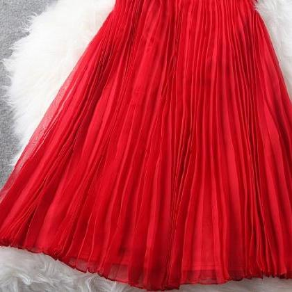 Red embroidery v-neck pleated waist..