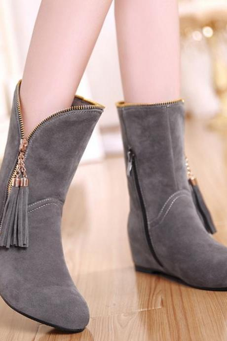 Cute Tassel Design Grey Winter Boots