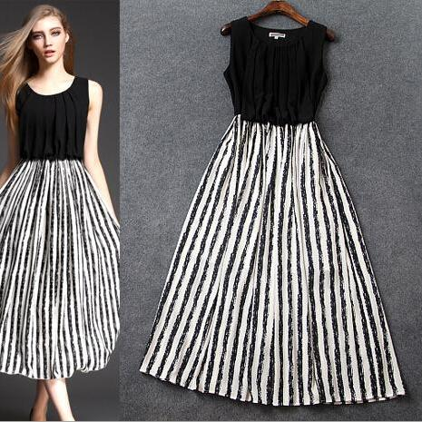 Black and white stripes round collar cultivate one's morality long dress