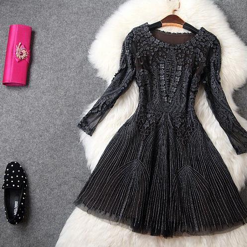 High-end black gauze embroidery dress