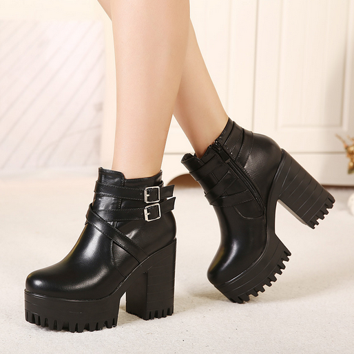 Street Style Black Chunky Heel Boots